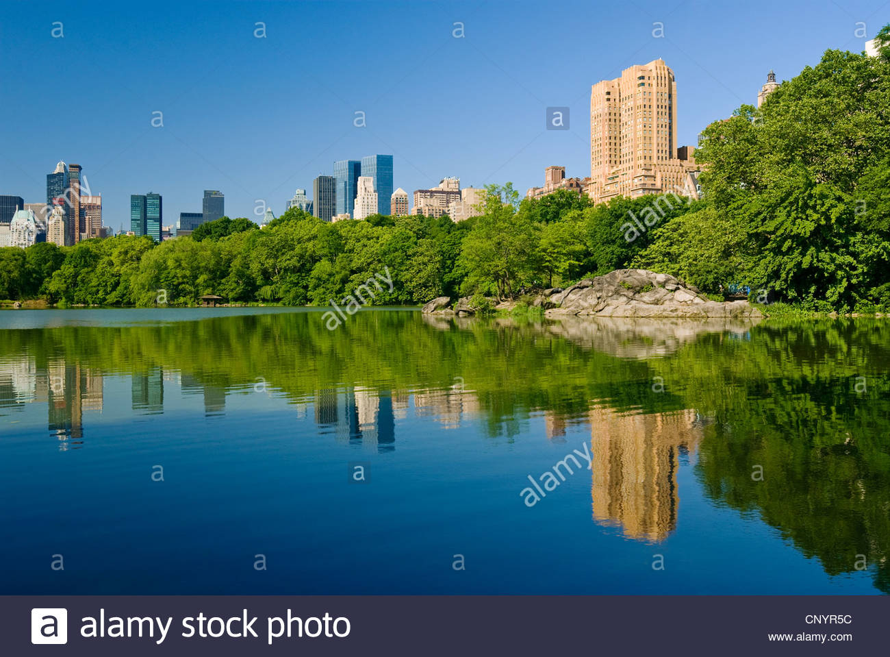 Central Park Lake Midtown Manhattan Skyline Central Park West Stockbild