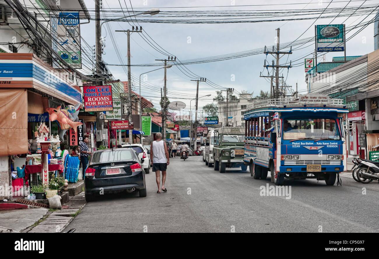 Straßenbild in Karon Strand von Phuket thailand Stockbild