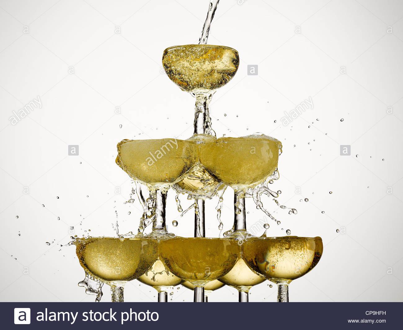 Fülle, Feier, Champagner, Champagner-Glas, Farbbild, Konzept, Energie, Überschuss, Überschwang, Füllung, Stockbild
