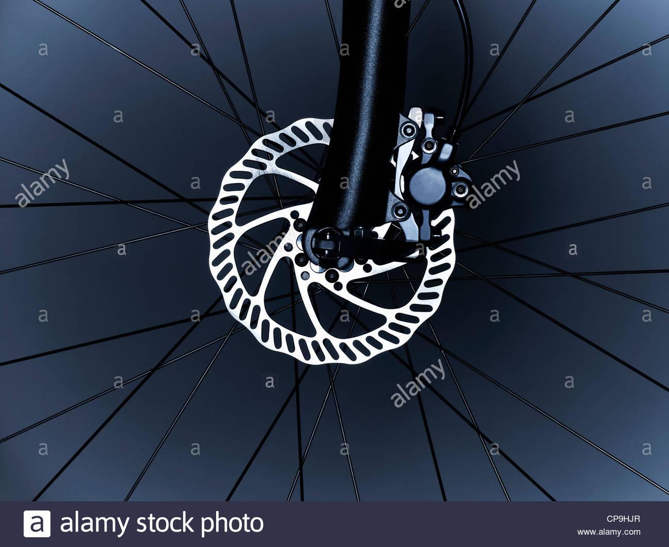Fahrrad, Fahrradreifen, Rad, Fahrrad-Rad-Scheibenbremse, schwarz und weiß, Nahaufnahme, Komplexität, Detail, Stockbild