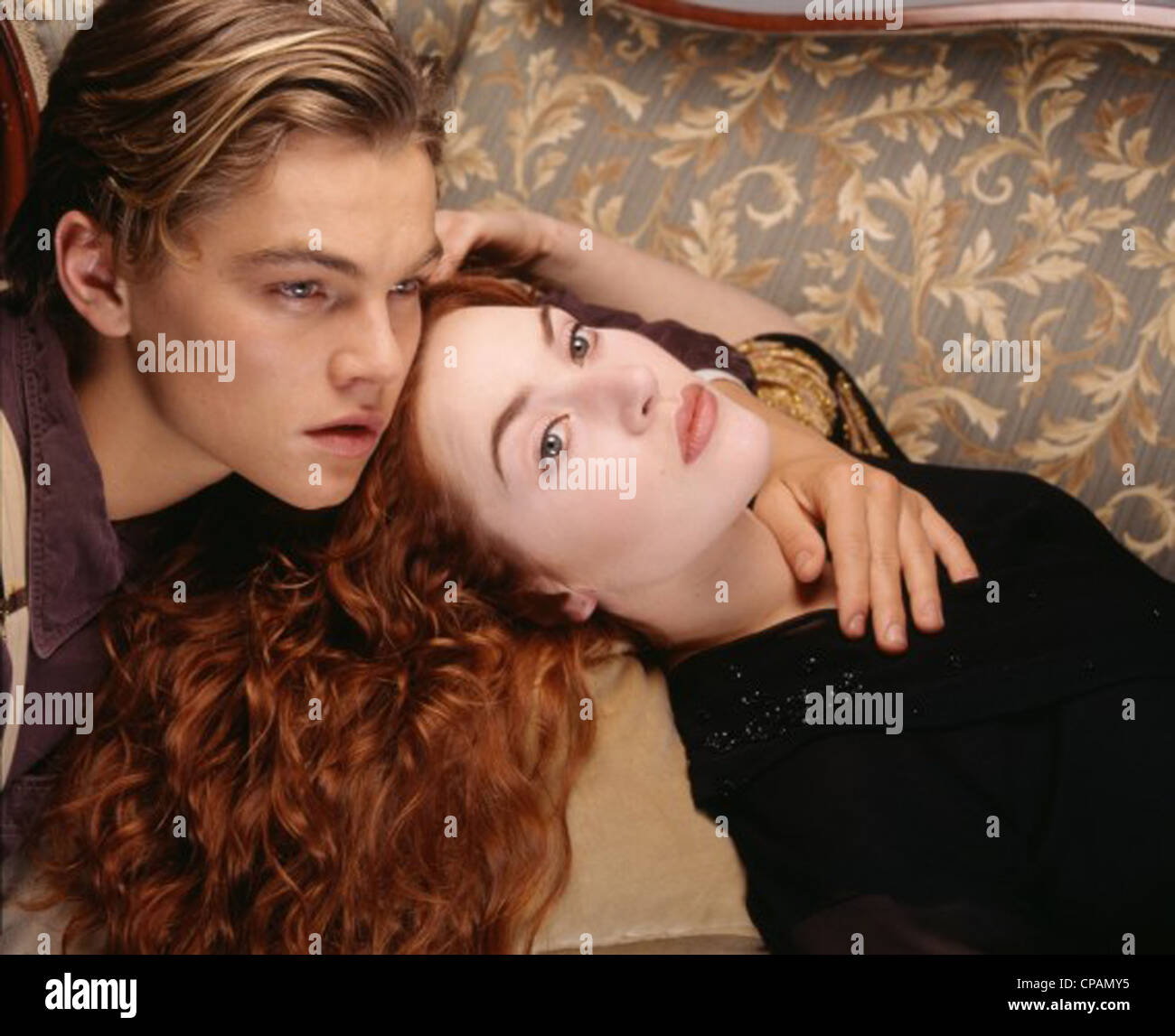 TITANIC (1997) LEONARDO DICAPRIO, KATE WINSLET, JAMES CAMERON (DIR) 045 MOVIESTORE SAMMLUNG LTD Stockbild