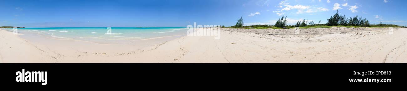 Panoramablick auf tropischen Strand in Cayo Coco, Kuba Stockbild