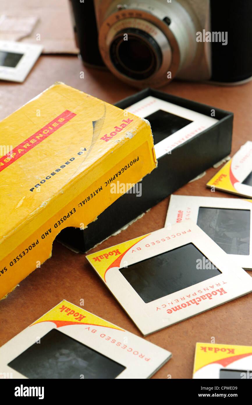 Box der alten Kodak Kodachrome Dias Stockbild