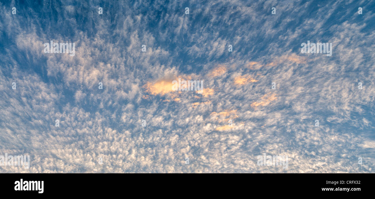 Wolken. Harris Beach State Park, Oregon Stockbild