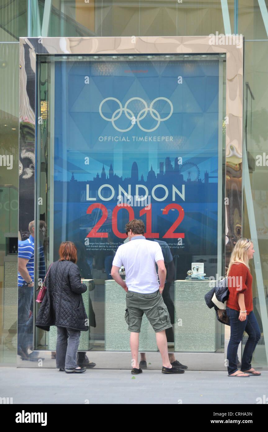 Omega speichern Westfield Stratford Olympic Sponsor Olympiade 2012 in London Stockbild