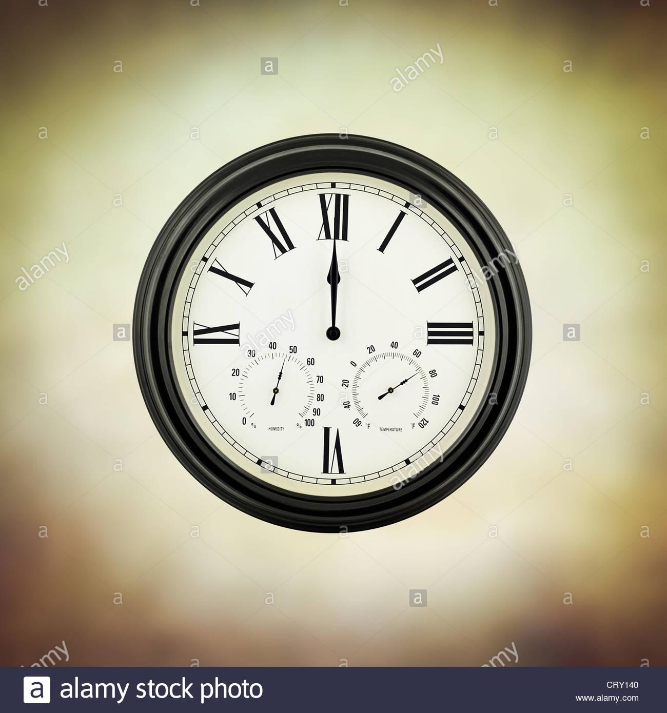 zwölf Uhr Stockbild