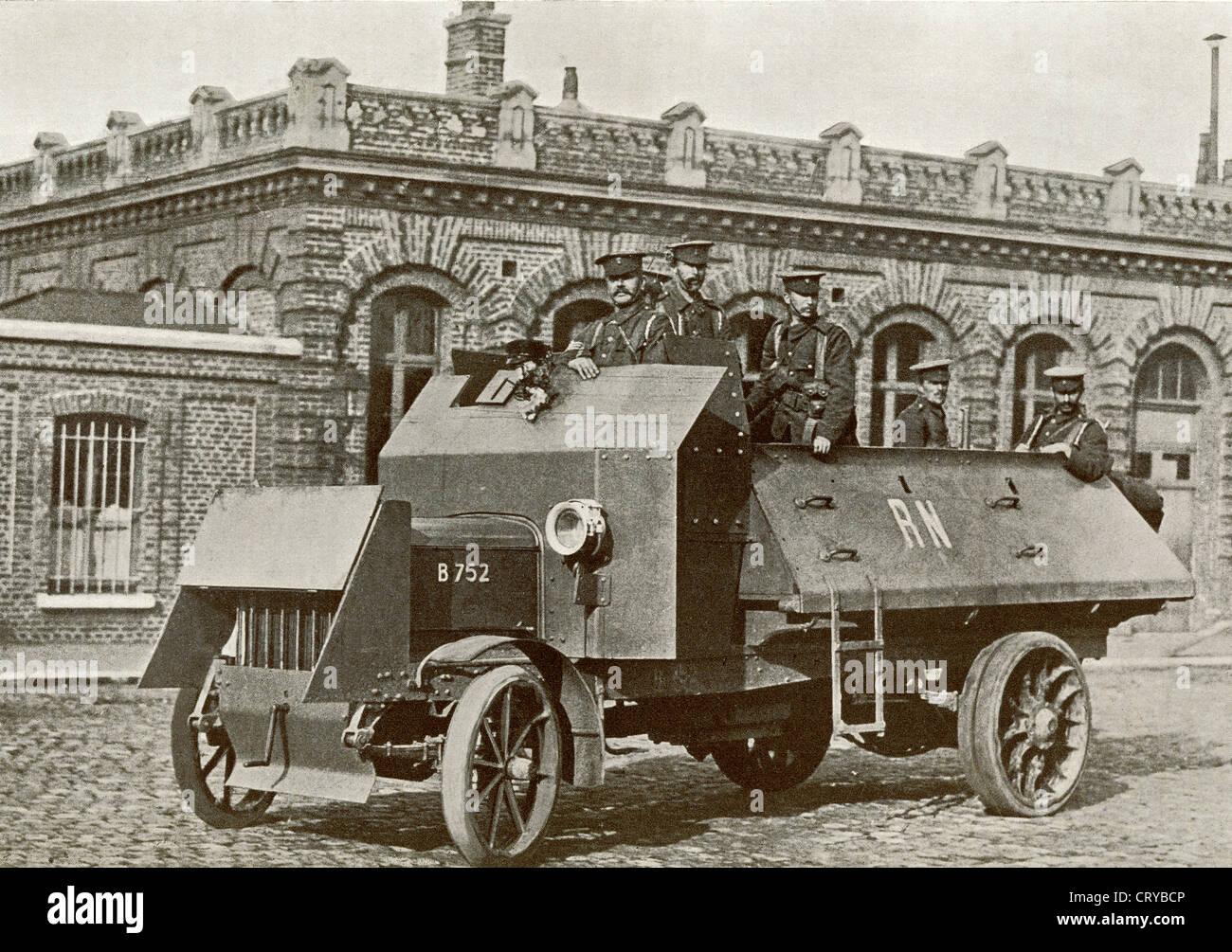 Eine britische gepanzerte Motor im Jahr 1914 im ersten Weltkrieg. Aus dem Jahr 1914 illustriert. Stockbild