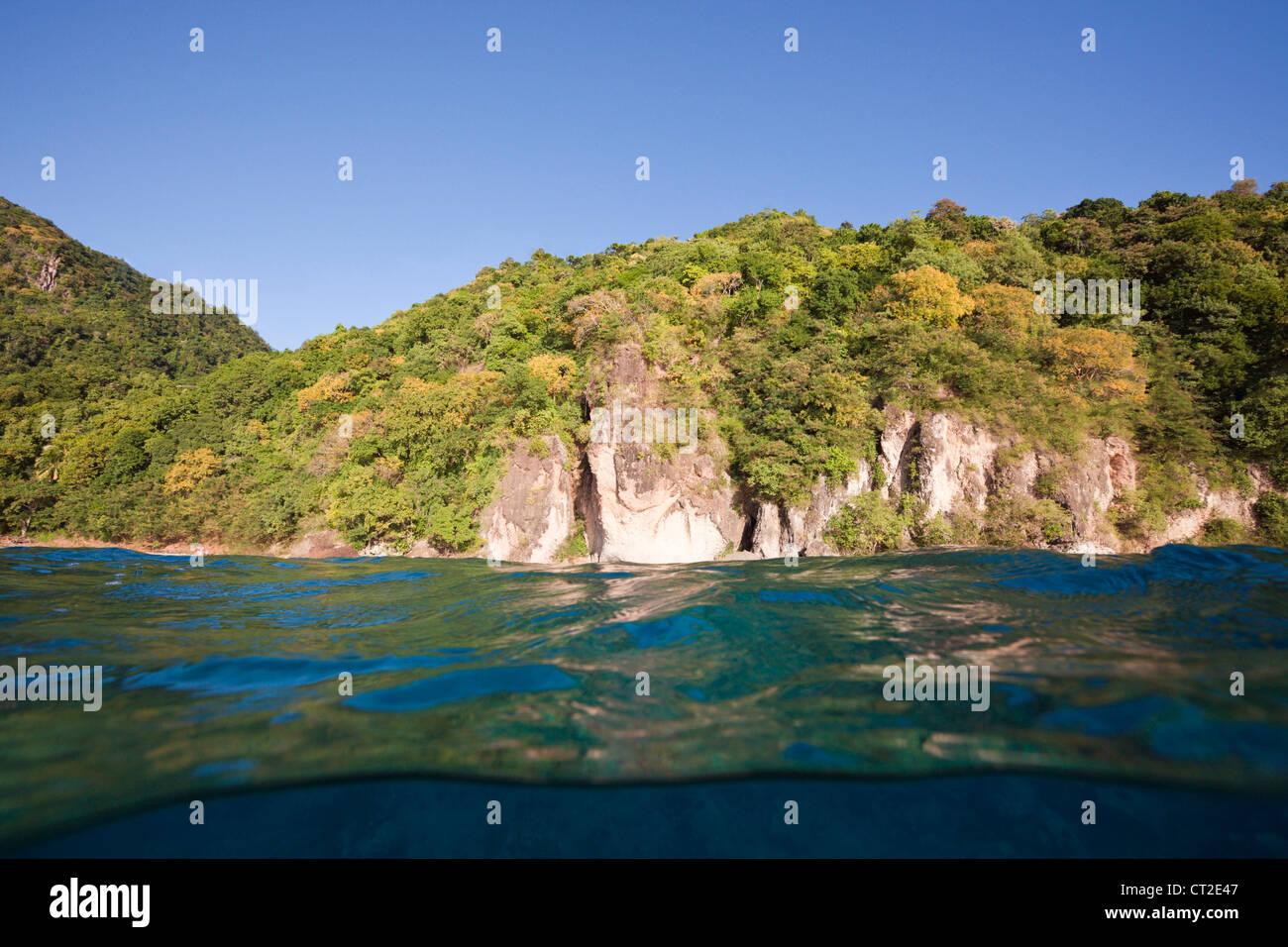 Küste von Dominica, Karibik, Dominica Stockbild