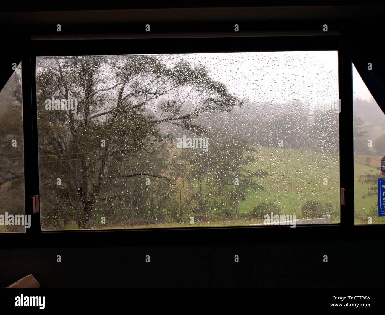 caravan holiday rain stockfotos caravan holiday rain bilder alamy. Black Bedroom Furniture Sets. Home Design Ideas