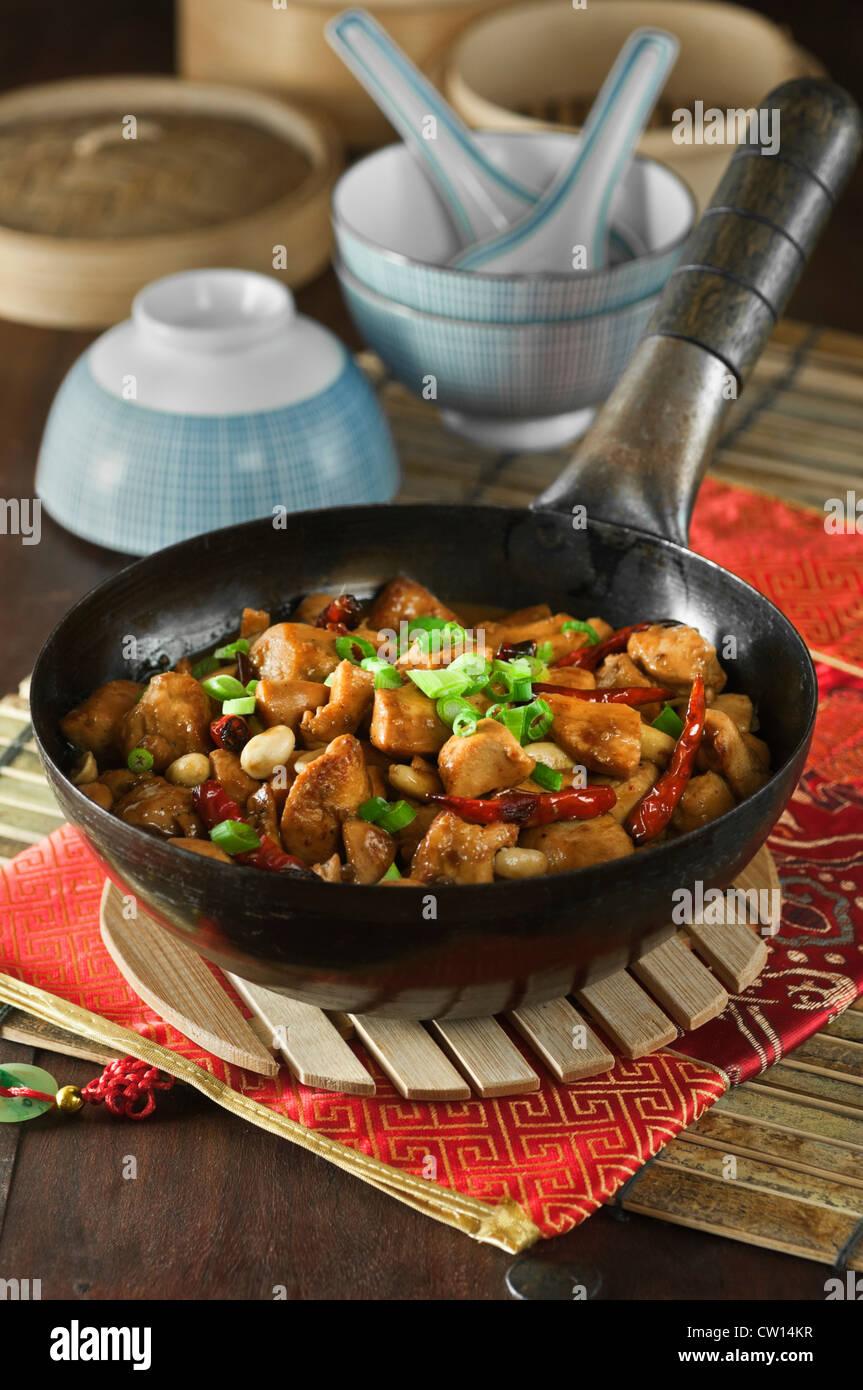 Kung Pao Chicken chinesisches Essen Stockbild