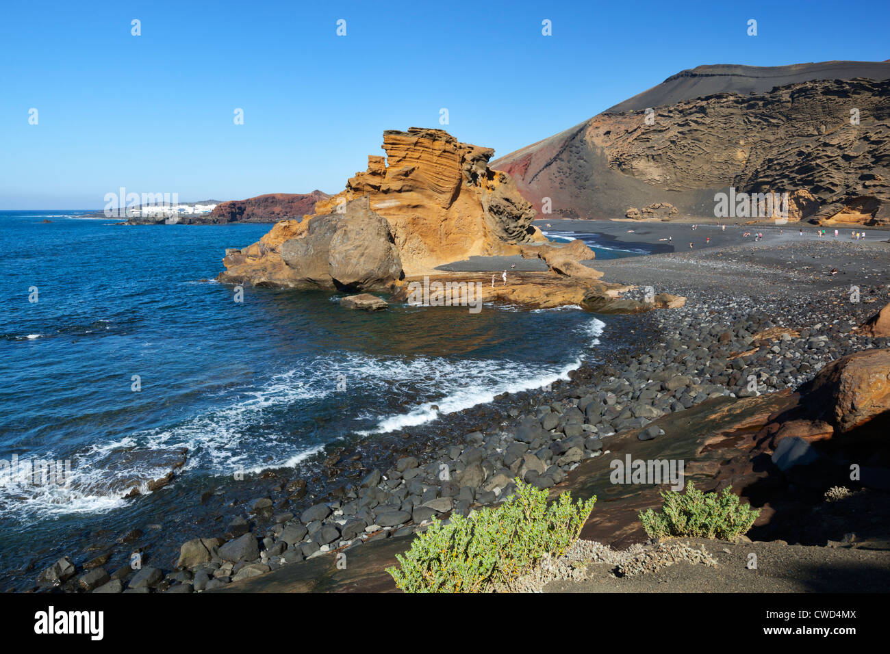 Strand und Lava Felsen bei El Golfo Stockbild