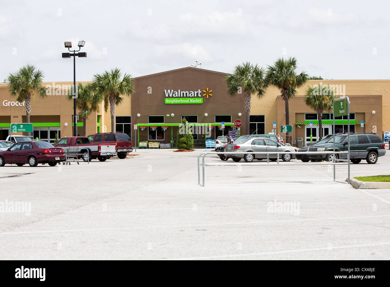 Ein Wal-Mart-Nachbarschaft-Speicherort. Stockbild
