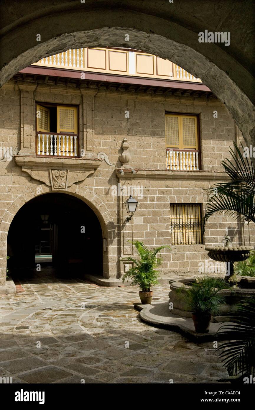 Innenhof des Casa Manila, ein rekonstruiertes Beispiel Bahay Na Bato, das klassische philippinische Haus, heute Stockbild