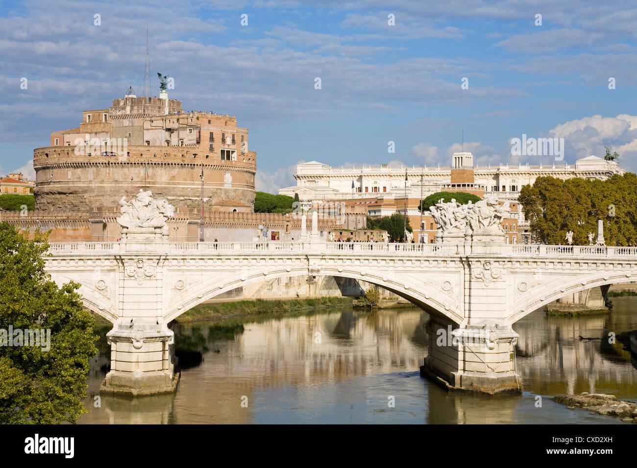 Vittorio Emanuelle Bridge und St. Angelo Castle und National Museum, Rom, Latium, Italien, Europa Stockbild