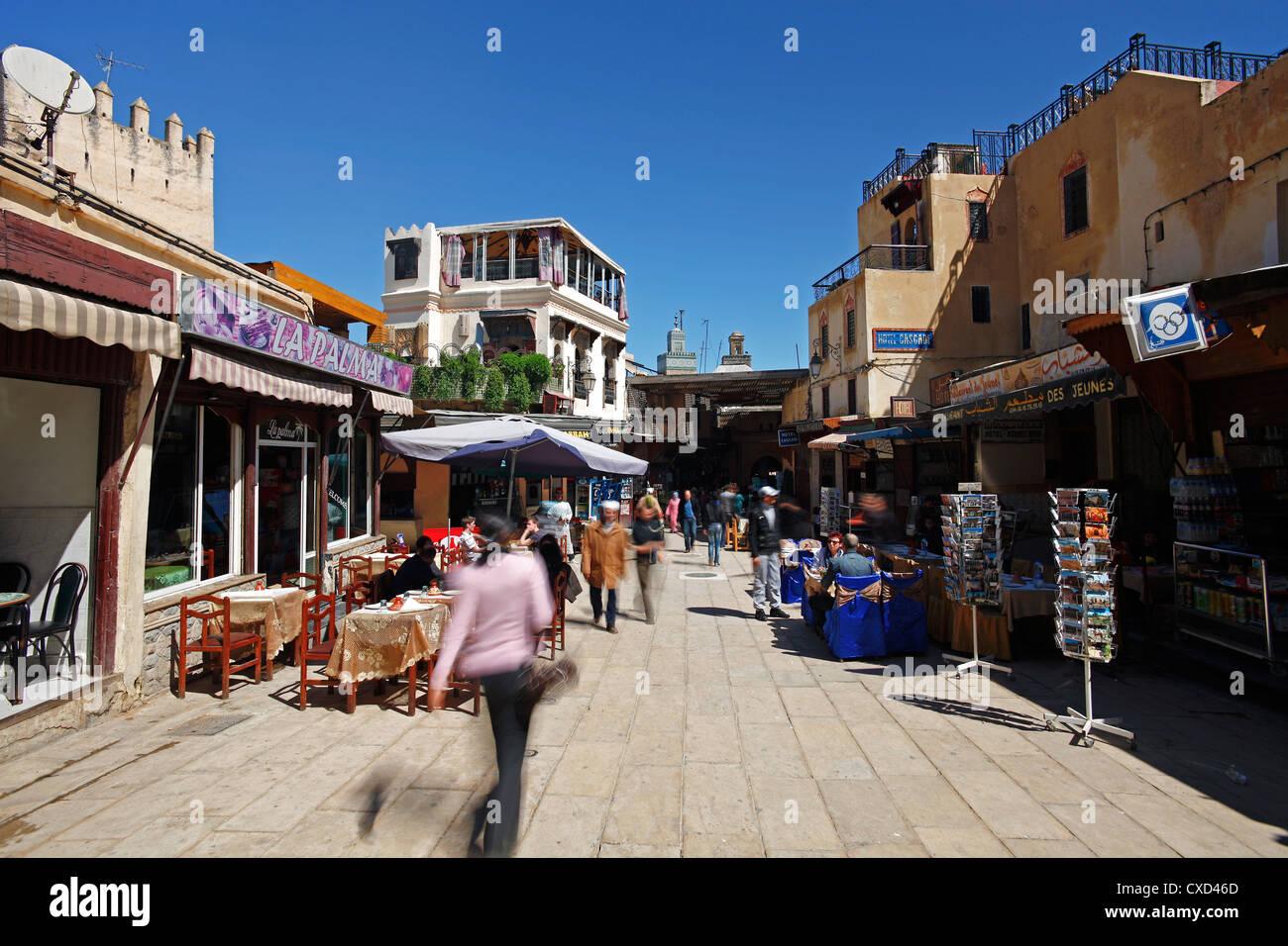 Der Eingang zur Medina, der Altstadt von Fes, Marokko, Nordafrika, Afrika Stockbild