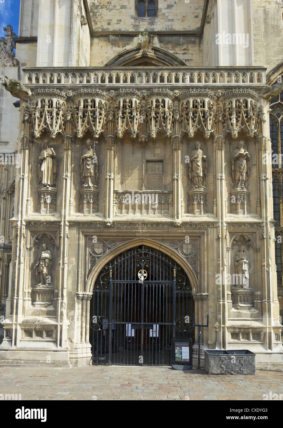 Gotische Südwesten Veranda, gebaut im 15. Jahrhundert von Thomas Mapilton und Richard Beke, die Kathedrale Stockbild