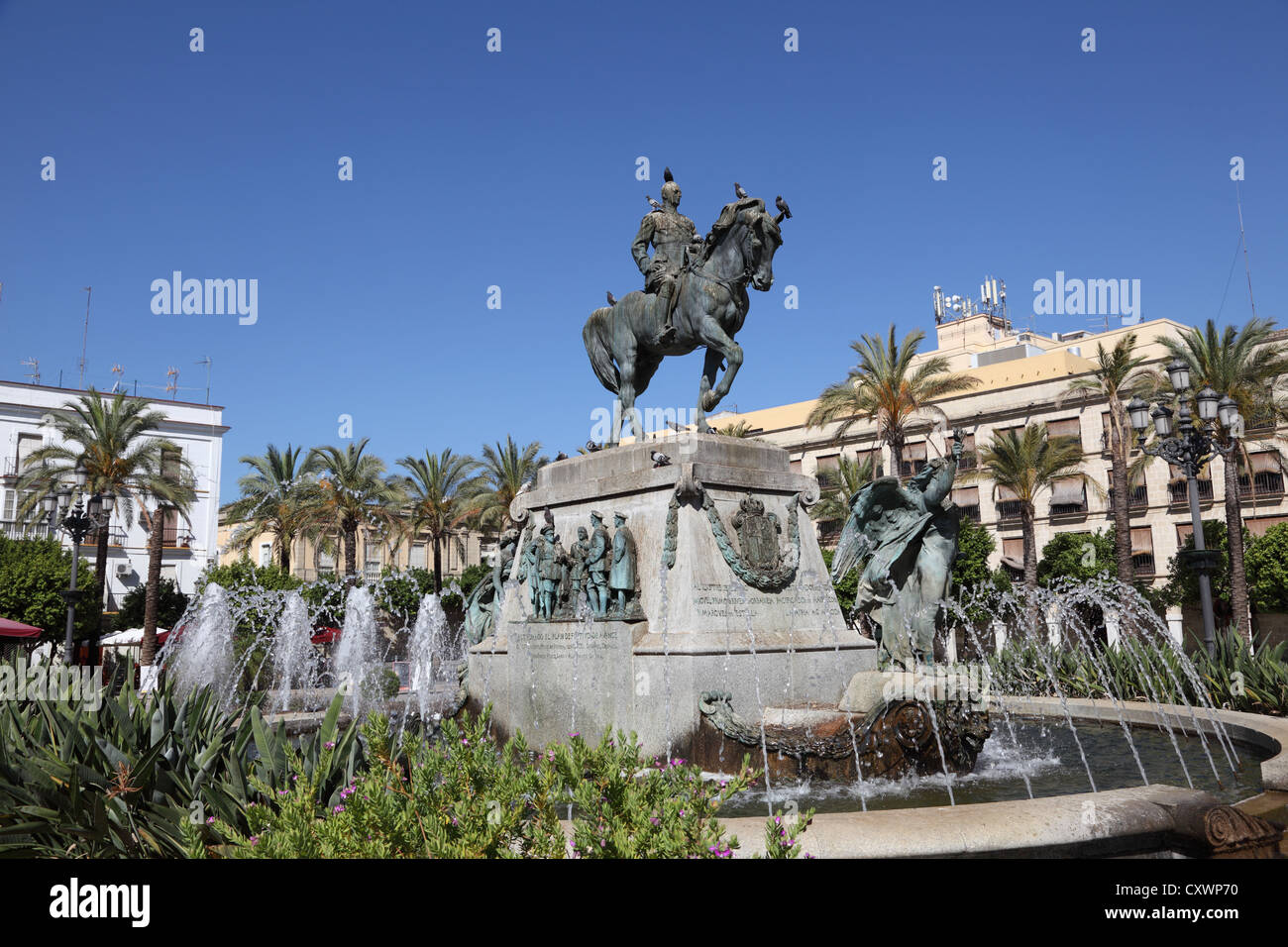 Statue mit Springbrunnen in Jerez De La Frontera, Andalusien Spanien Stockbild