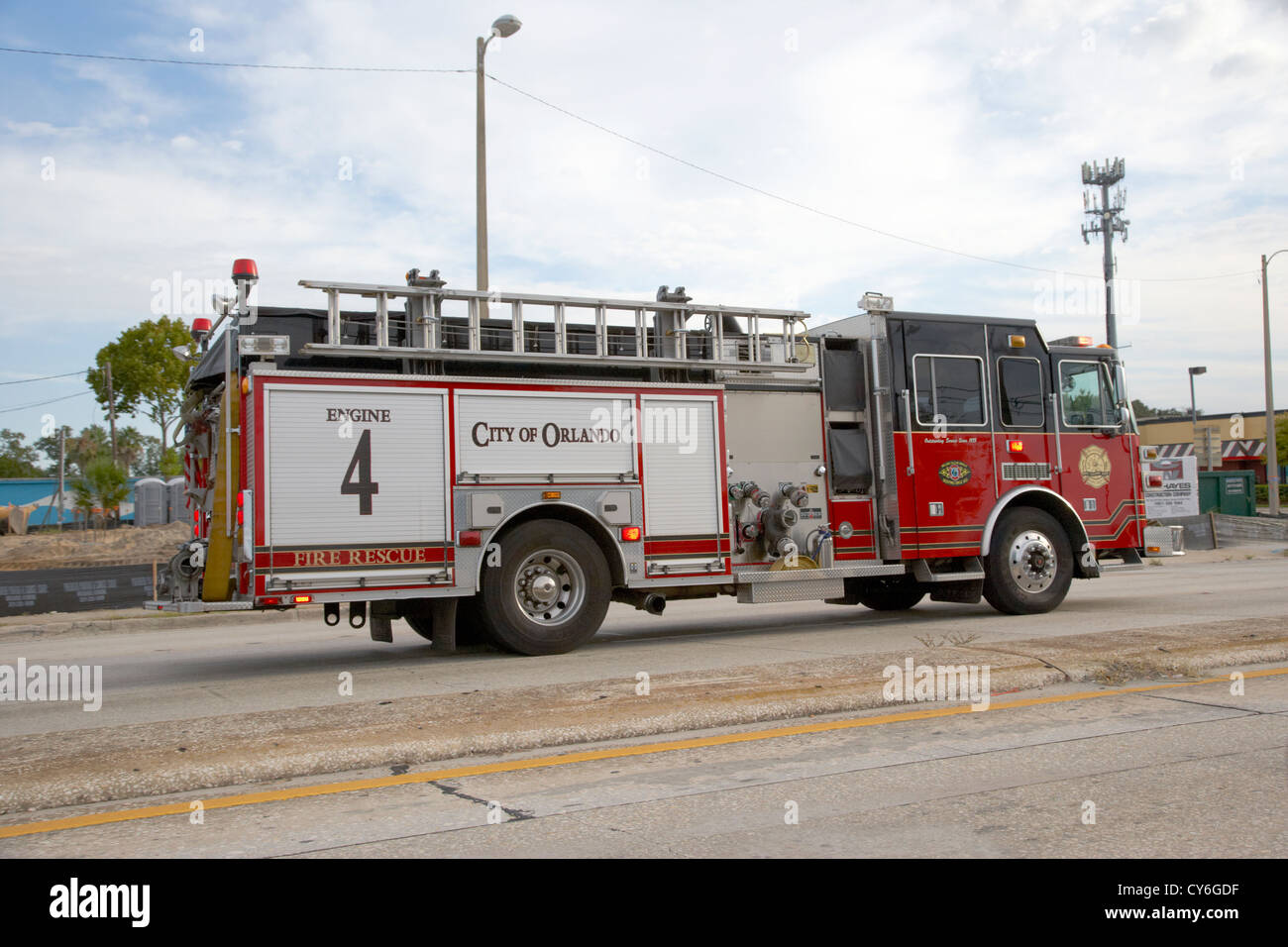 Fire truck on emergency call stockfotos fire truck on for Department of motor vehicles orlando fl