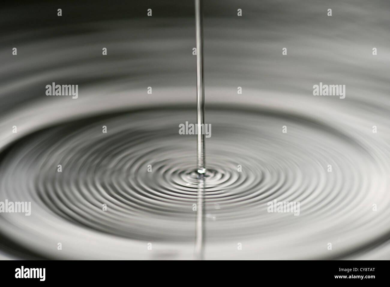 Wellige Oberfläche des Wassers Stockbild