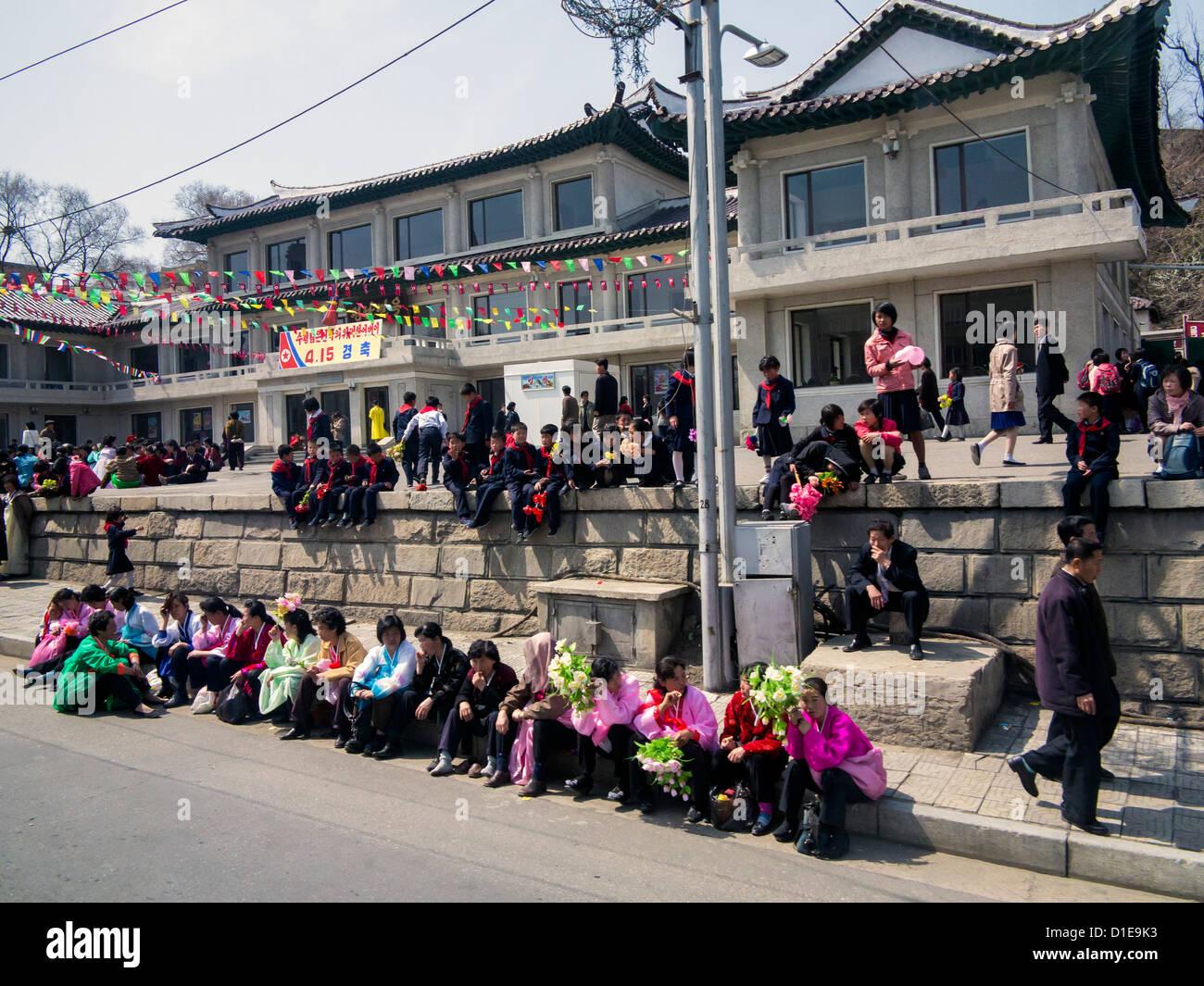 Typische städtische Straßenbild, Pyongyang, Demokratische Volksrepublik Korea (DVRK), Nordkorea, Asien Stockbild