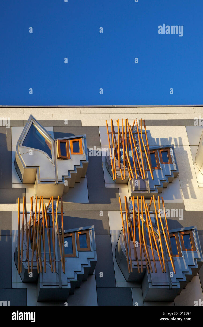 Äußere des neuen schottischen Parlamentsgebäude, Architekten Enric Miralles, Holyrood, Edinburgh, Stockbild