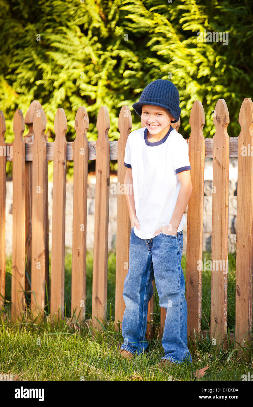 Porträt eines 8-jährigen Jungen Stockbild