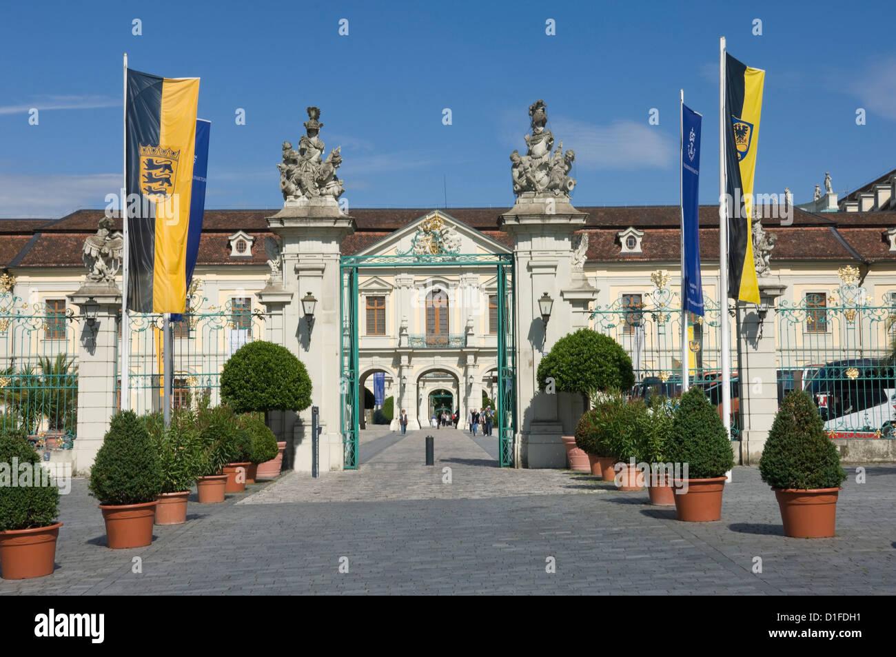 Carraige Eingang das barocke Residenzschloss, inspiriert von Schloss Versailles, Ludwigsburg, Baden-Württemberg, Stockbild