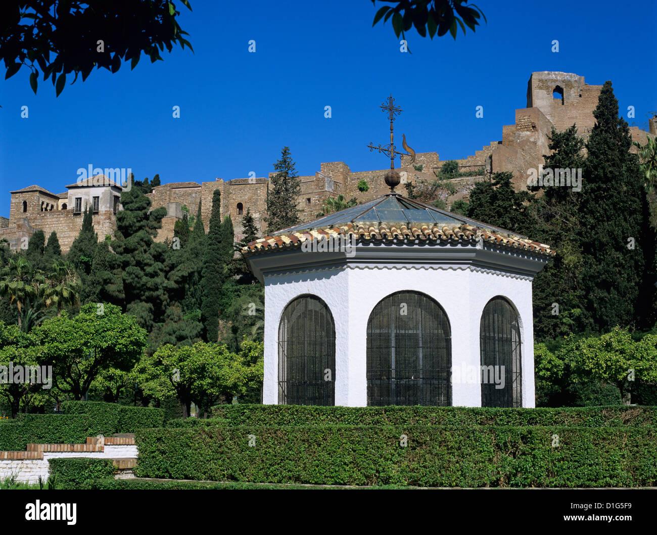Alcazaba betrachtet aus Gärten, Malaga, Andalusien, Spanien, Europa Stockbild