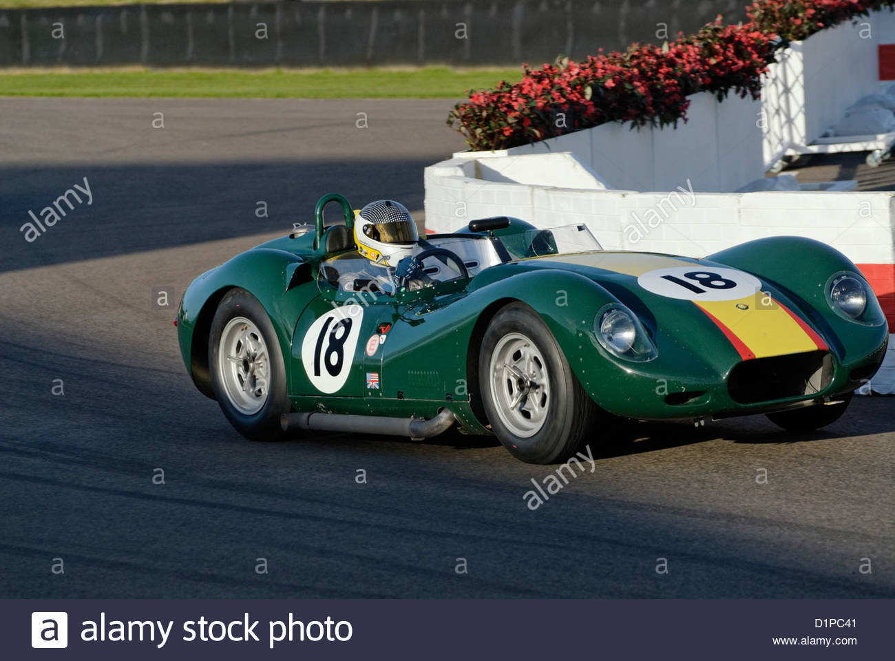 Lister-Rennwagen auf dem Goodwood Revival Meeting 2012 Stockbild