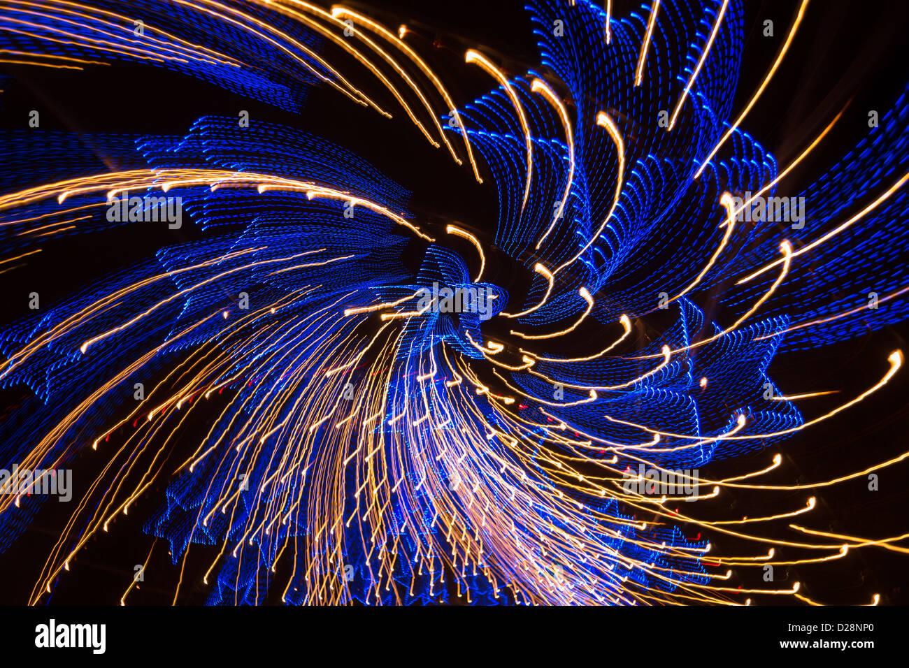 Austin Trail of Lights - blaue Sterne geformt Lichter Spin Muster Stockbild