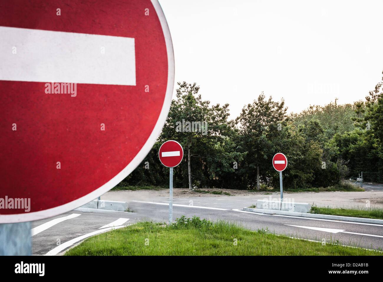 Kein Eintrag Zeichen auf Landstraße Stockbild