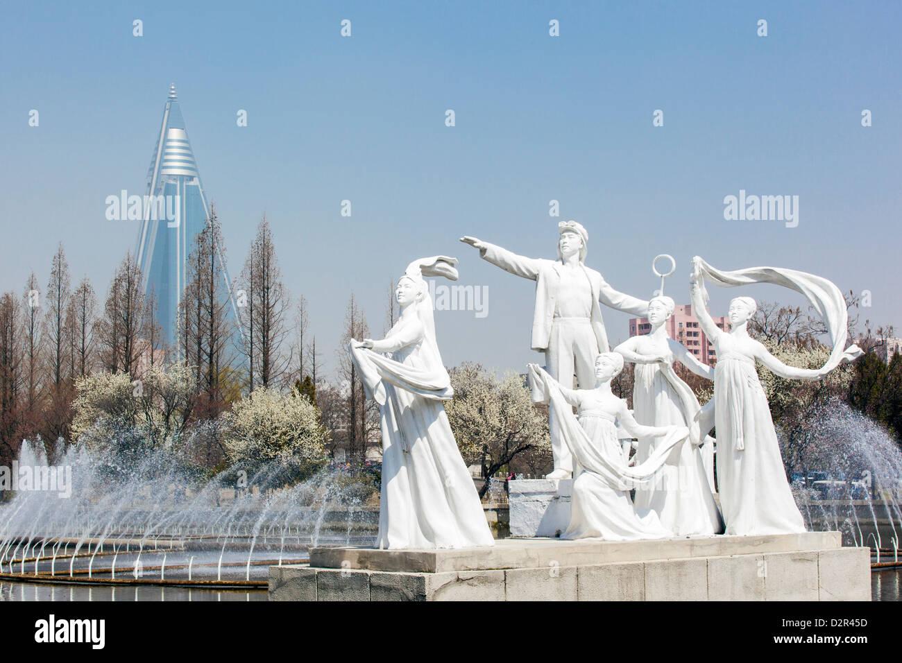 Pyongyang Brunnen vor das Hallenstadion Pjöngjang, Pyongyang, Nordkorea Stockbild