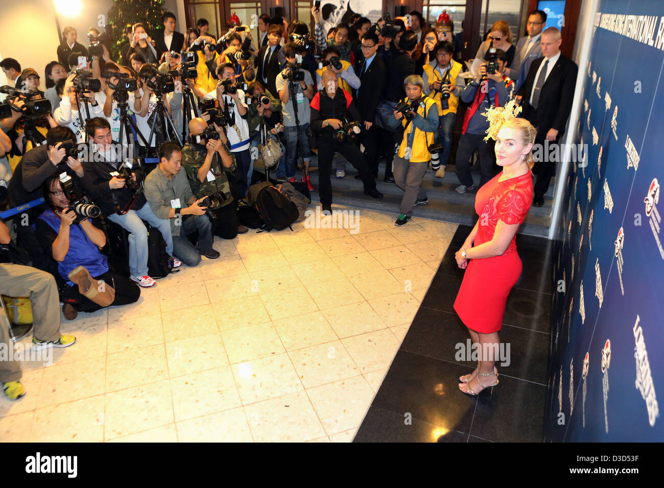 Hong Kong, China, Schauspielerin Kate Winslet vor Presse-Fotografen posiert Stockbild