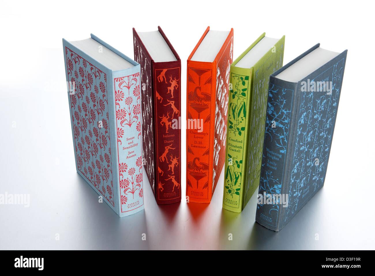 Pinguin klassischer Romane aufgefächert Stacheln Stockbild