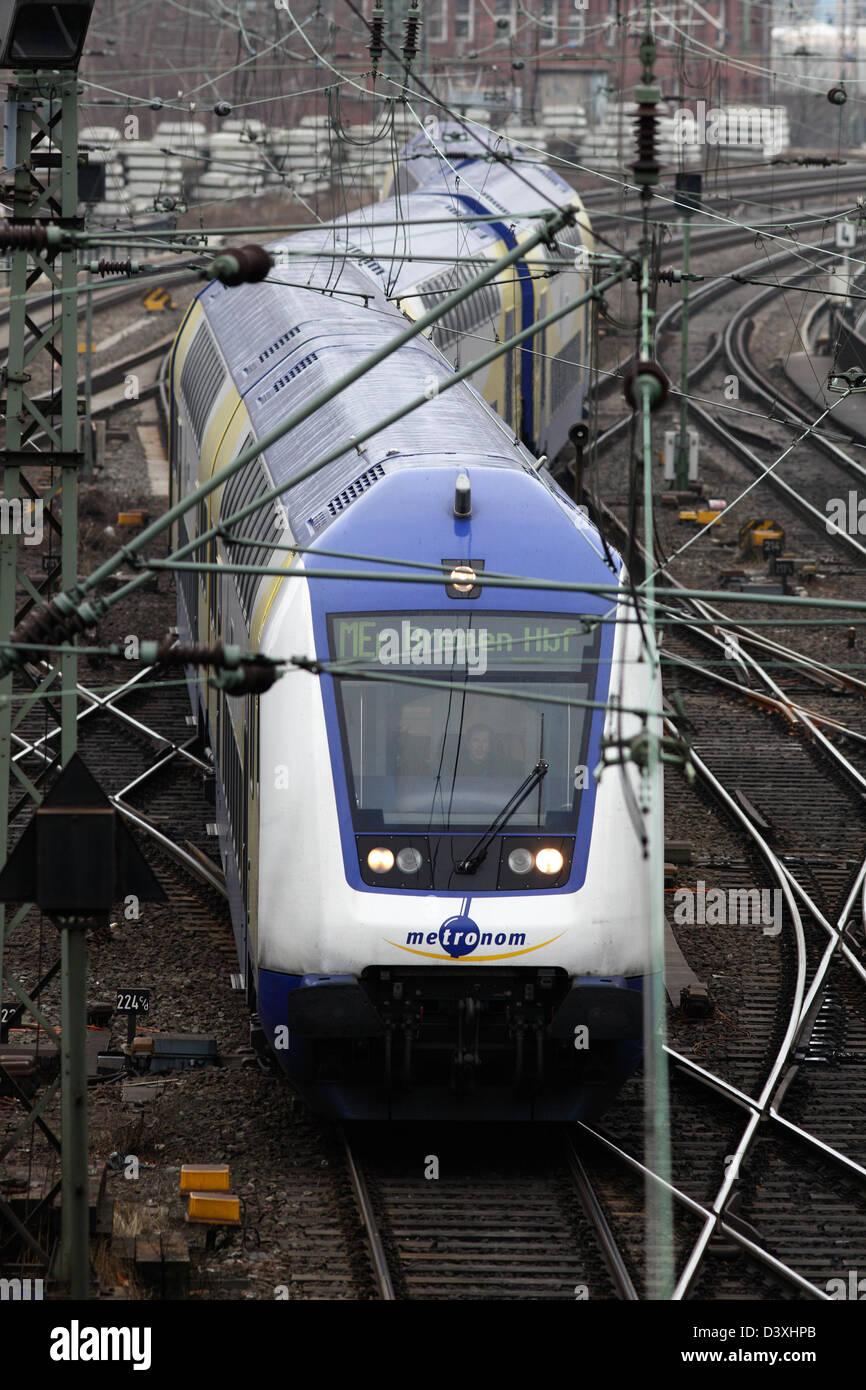 Hamburg, Deutschland, Distanz trainieren die Privatbahn Metronom Stockbild