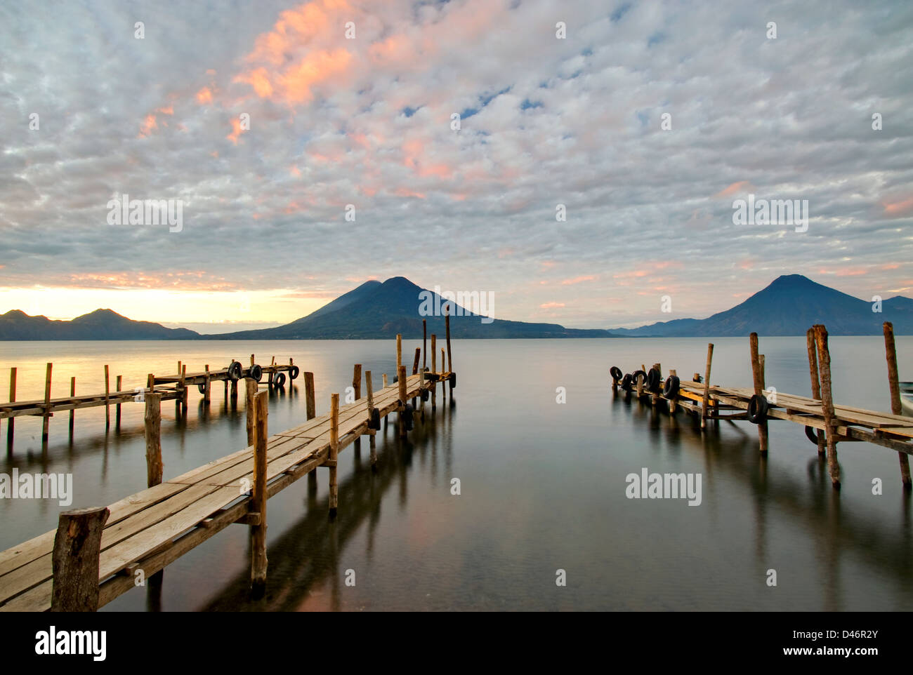 Docks am Lake Atitlan, Guatemala Stockbild