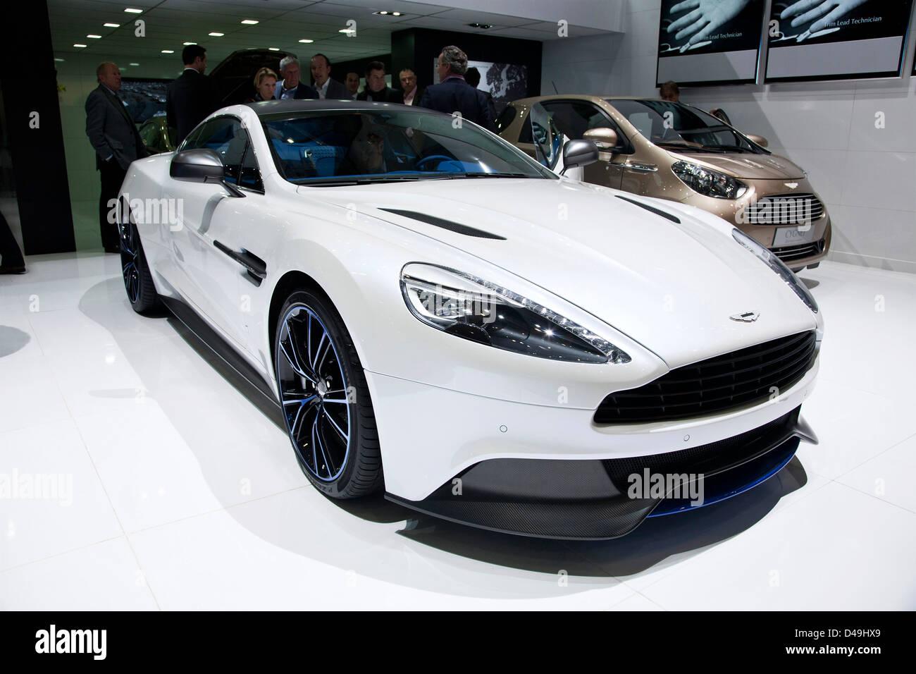 Aston Martin Q zu besiegen. Genfer Autosalon 2013 Stockbild