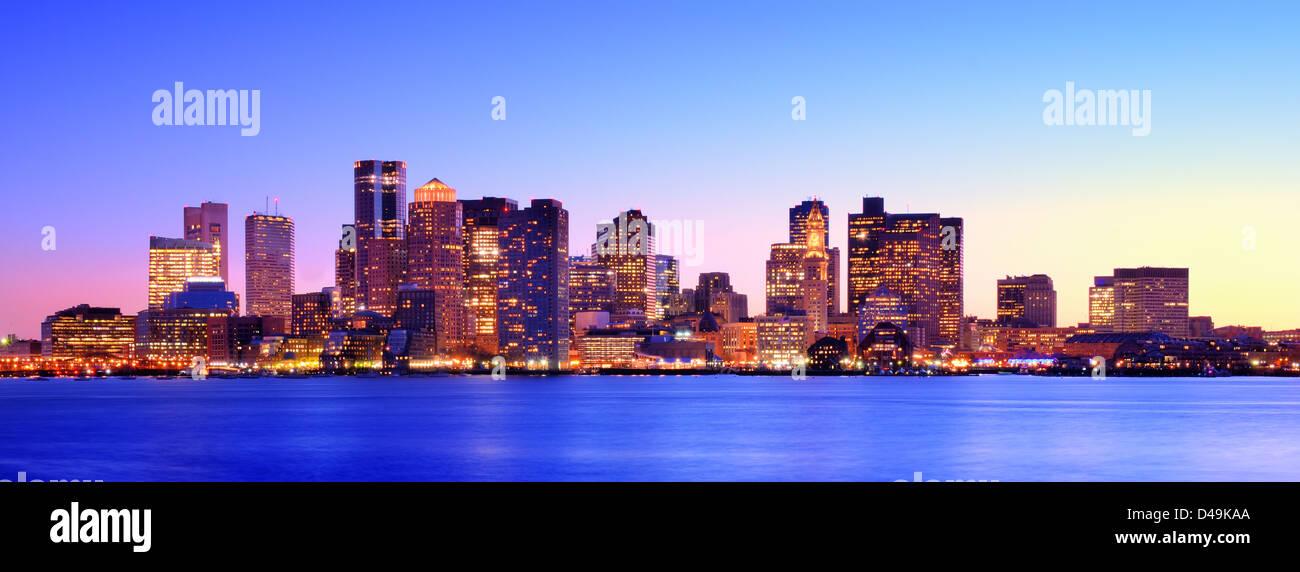 Boston, Massachusetts Abenddämmerung Panorama. Stockbild