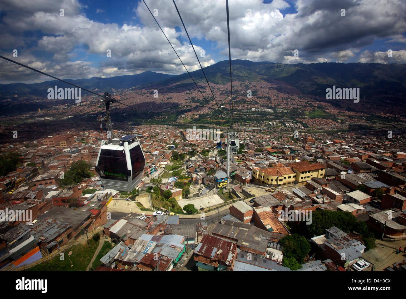 Blick über die Barrios Pobre Medellin, wo Pablo Escobar viele Anhänger, Kolumbien, Südamerika hatte Stockbild