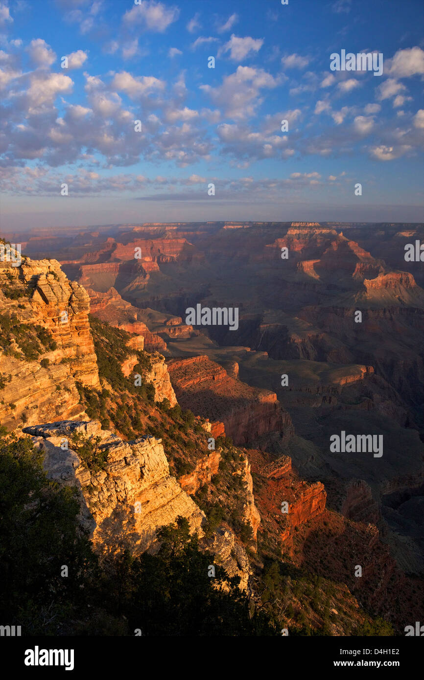 Sonnenaufgang am Mather Point, South Rim, Grand Canyon National Park, UNESCO World Heritage Site, Arizona, USA Stockbild