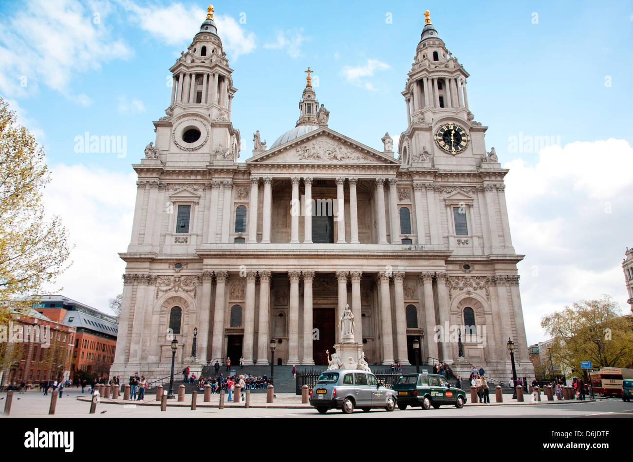 St. Pauls Cathedral Eingang, London, England, Vereinigtes Königreich, Europa Stockbild