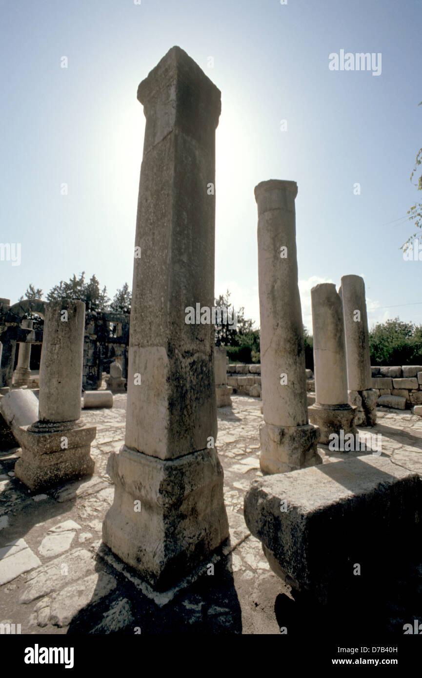 Ruinen der alten Synagoge von Baram Stockbild