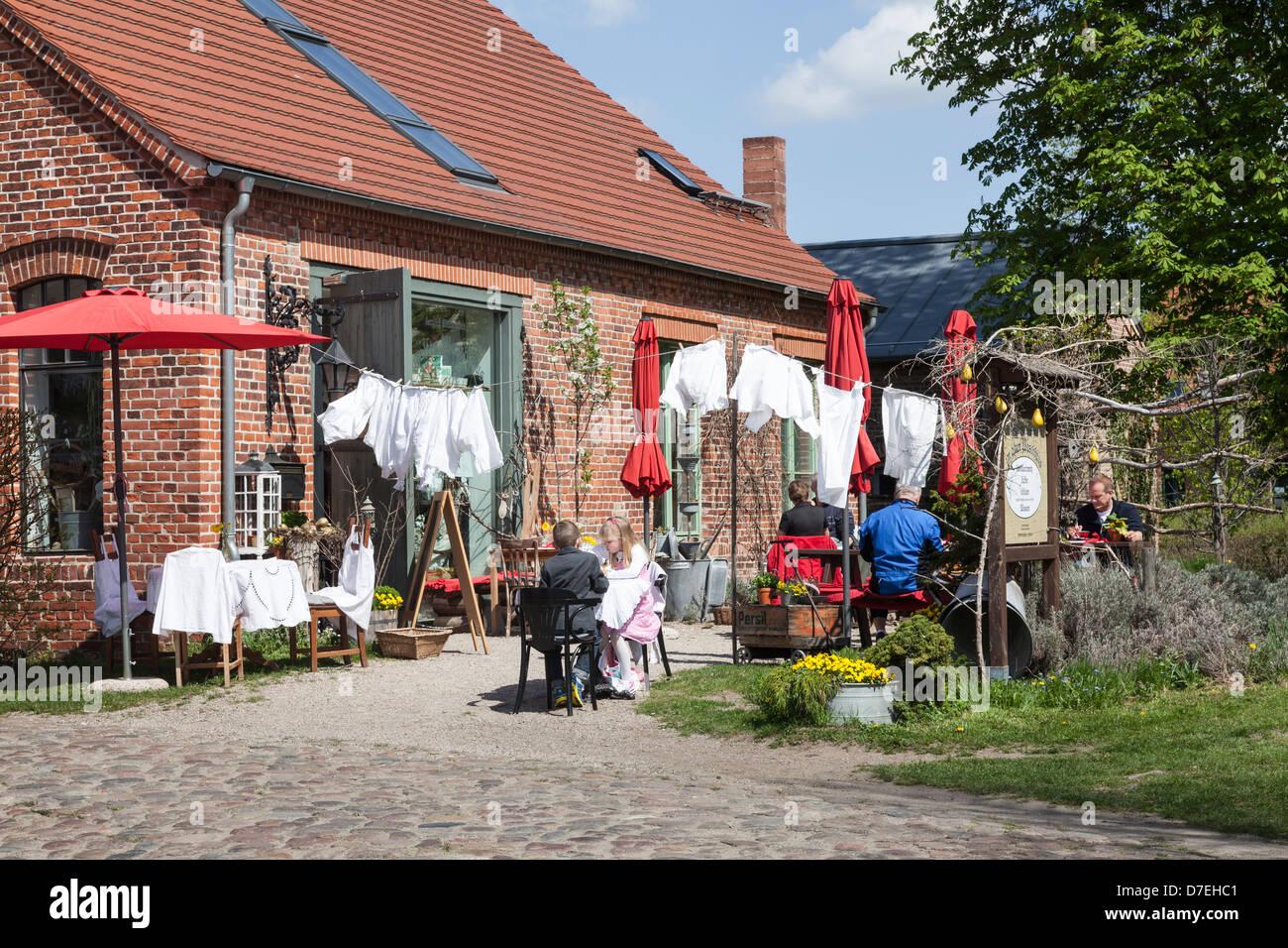 Im Alten Waschhaus Restaurant, Ribbeck, Havelland, Brandenburg, Deutschland Stockbild