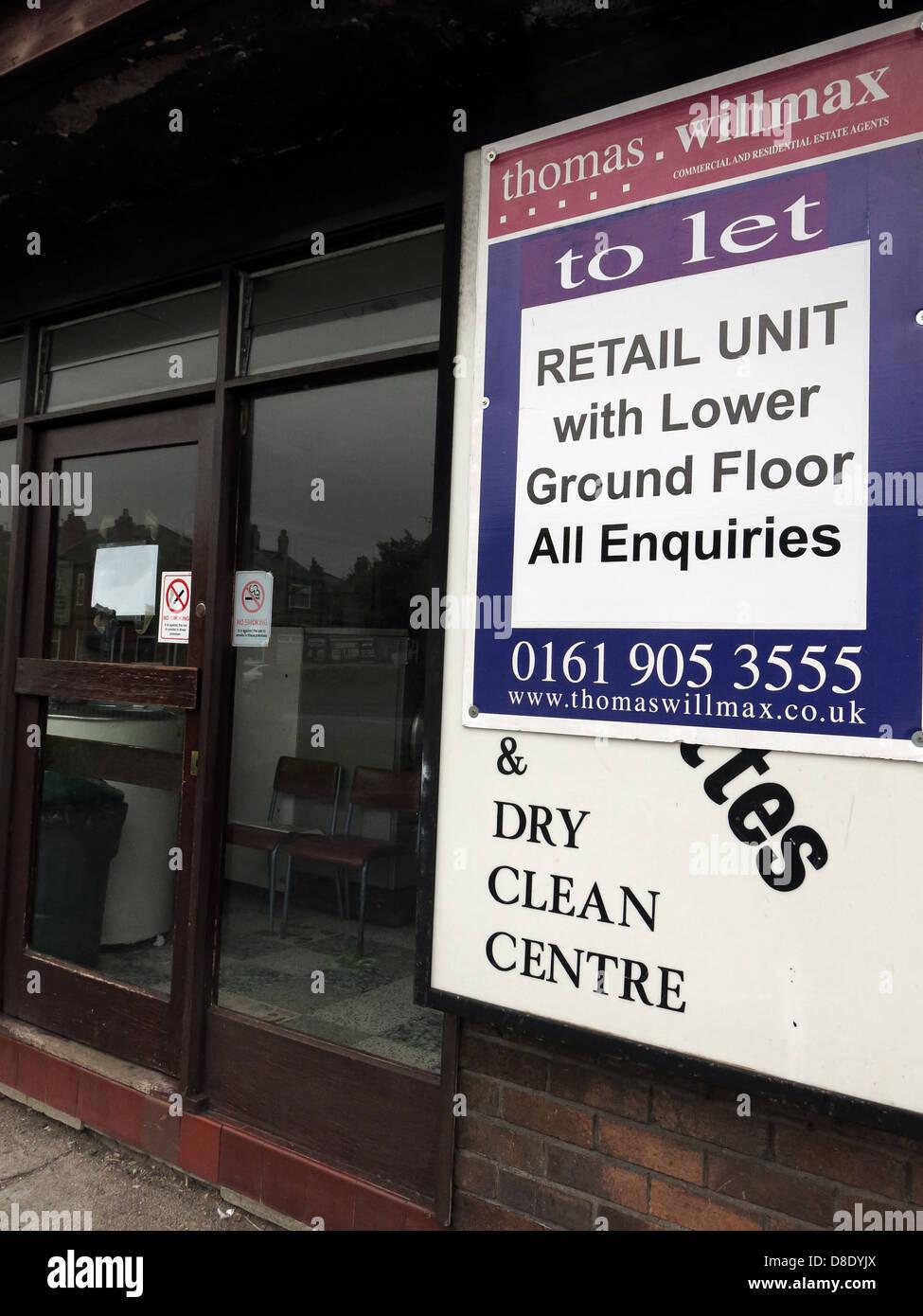 Laden Sie dieses Alamy Stockfoto Traditionelle Waschsalon waschen Shop in Grappenhall, Warrington geschlossen zu lassen - D8DYJX