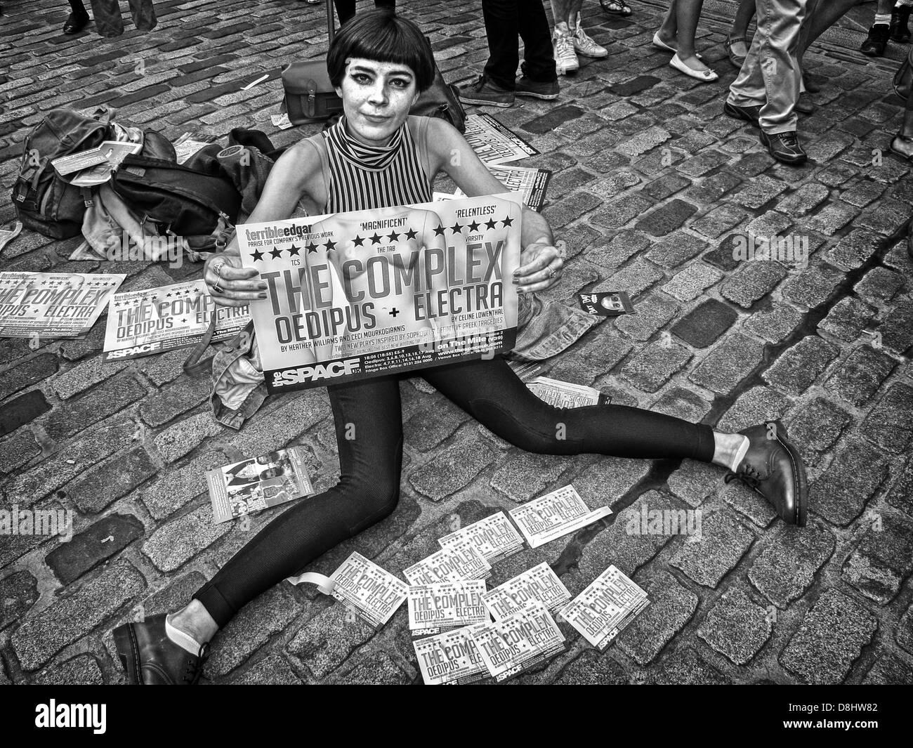 Laden Sie dieses Alamy Stockfoto Edinburgh Festival Fringe handeln, Schottland, UK, EH1 1QS - D8HW82