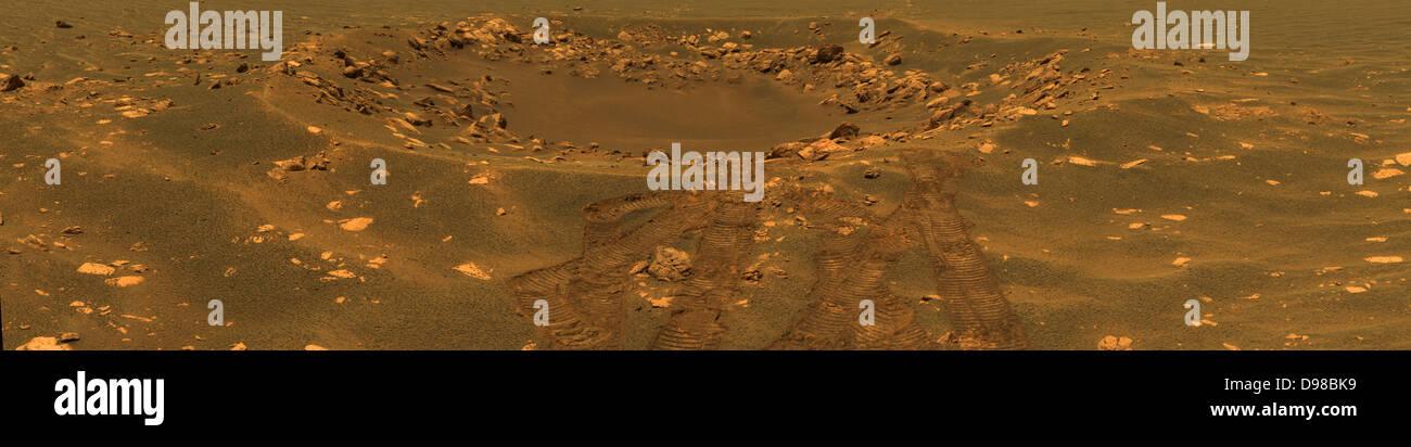 """Diese Ansicht in etwa Echtfarben enthüllt Details in einem Impaktkrater formlos benannt """"Fram"""" in Stockbild"""