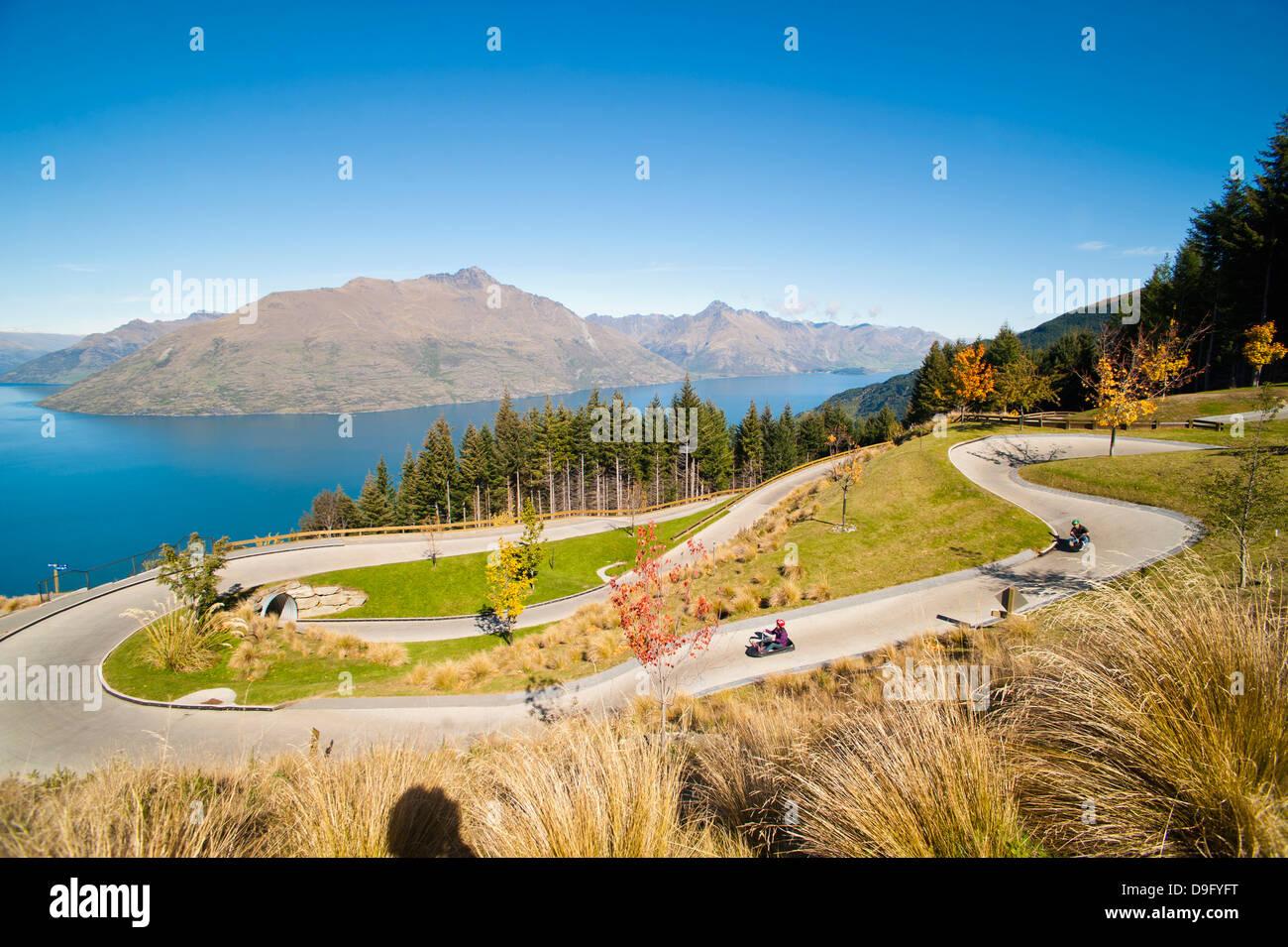 Rodelbahn über Queenstown, Otago, Südinsel, Neuseeland Stockbild