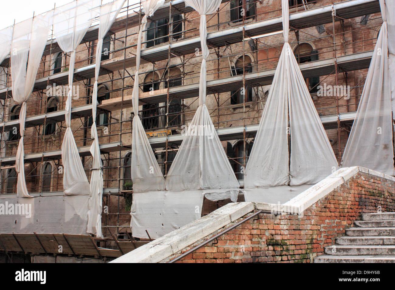Rekonstruktion von einer venezianischen Gebäuden (historisch im Besitz der Scuola della Carità) Stockbild