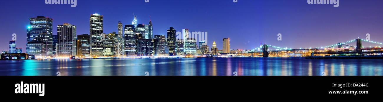 Skyline von Lower Manhattan in New York City. Stockbild