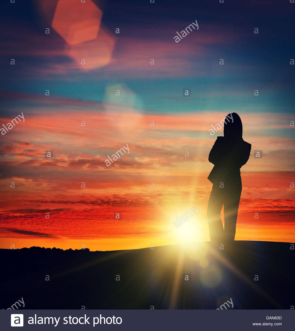 Silhouette Sun Frau Stockbild